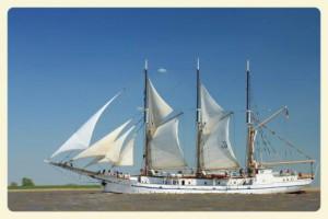Herzogin Elisabeth aus Elsfleth unter Segel auf der Weser